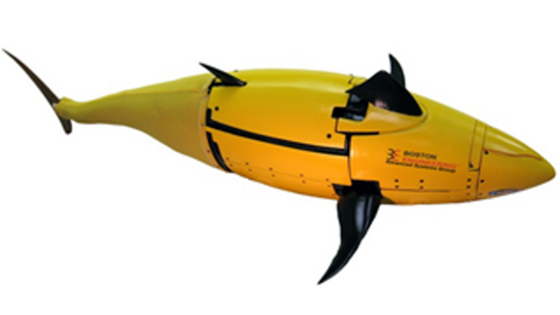 Autonomous underwater vehicle modeled after a tuna